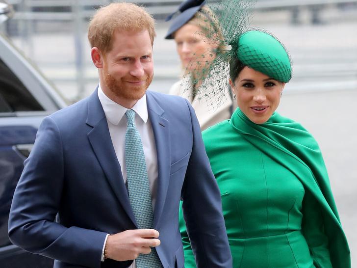 Фото №1 - Важное мероприятие, на которое Королева пригласила Сассекских (и почему им не стоит отказывать)