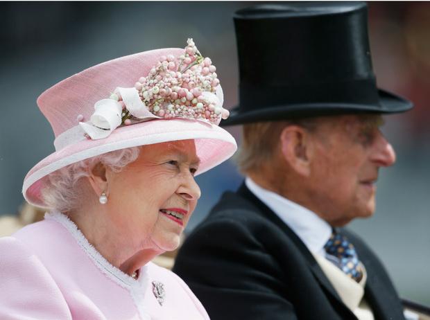 Фото №2 - Как Королева планирует отпраздновать 100-летний юбилей принца Филиппа