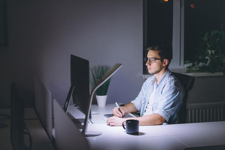Фото №1 - Ученые объяснили, почему жаворонкам не стоит работать по ночам