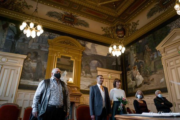 Фото №4 - Свадьба в масках: как россиянка вышла замуж за француза в разгар пандемии