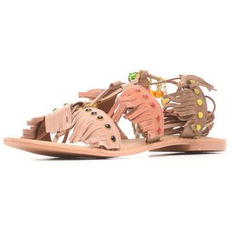 Фото №10 - От босоножек с декором до сандалий-гладиаторов: 10 антитрендов летней обуви