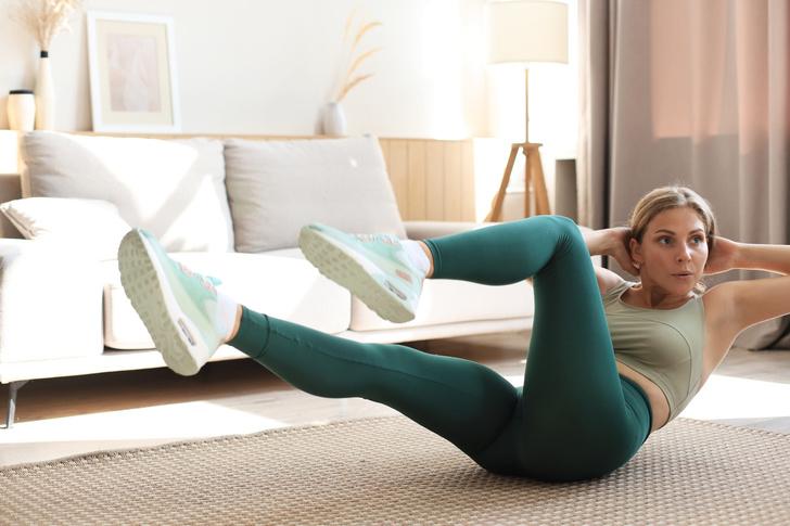 Фото №8 - 10 упражнений, которые помогут сжечь жир на животе за 10 минут в день
