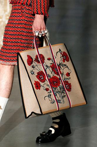 Фото №18 - С рынка на подиум: невероятные похождения сумки-тоут