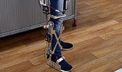 Фото №1 - Школьник создал роботизированную ногу из конструктора