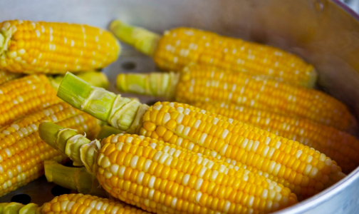 Фото №1 - Без пестицидов, но с нарушениями ГОСТа: Роскачество проверило консервированную кукурузу