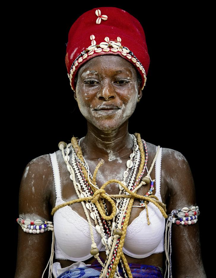 Фото №1 - Мисс мира: Кот-д'Ивуар. Вестницы духов