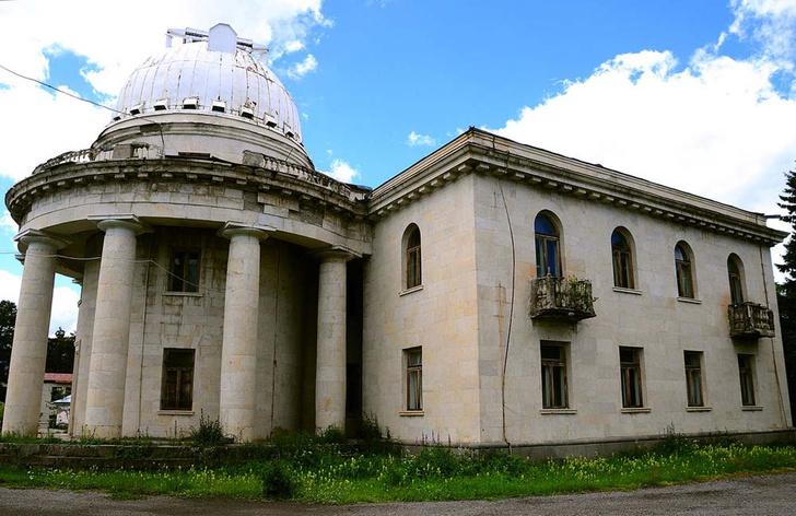 Фото №2 - Экскурсия к звездам: 10 знаменитых обсерваторий мира, доступных туристам