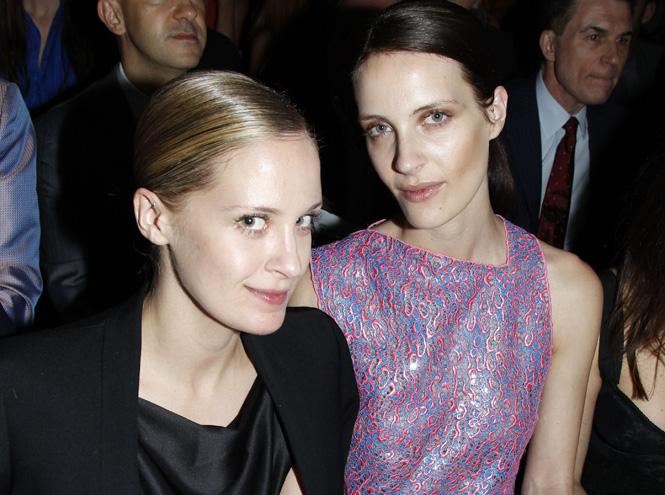 Фото №9 - Две половинки: самые успешные сестры и братья модного мира