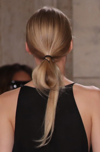 Фото №5 - Акцент на волосы: 10 hair-трендов весны-лета 2018 с недели моды в Нью-Йорке