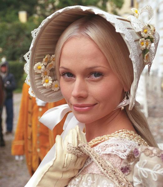 Фото №4 - Популярные актрисы 1990-х: в каких фильмах прогремели, за что полюбились и как расплатились за славу