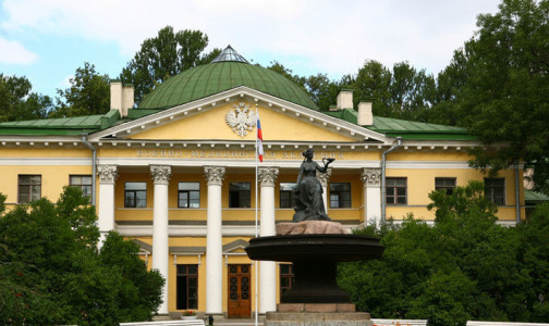Фото №1 - Приём пациентов с COVID-19 в Петербурге начала Военно-медицинская академия