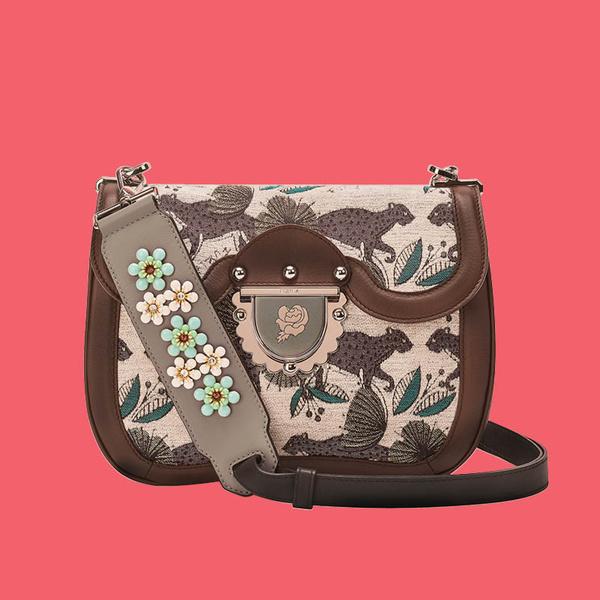 Фото №1 - Рассказываем про #FURLADESERTVIBES и лимитированную модель сумки Furla