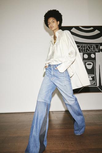 Фото №14 - Какие джинсы будут в моде весной и летом 2021