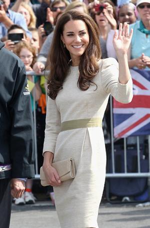 Фото №45 - Королевский дресс-код: любимые сумки герцогини Кембриджской