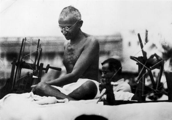 Фото №6 - 16 жизненных уроков, которым ты можешь научиться у Махатмы Ганди