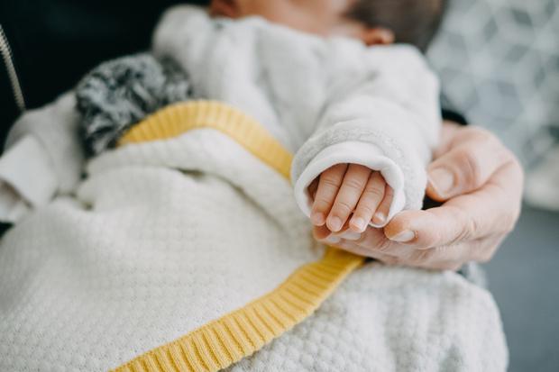 Фото №2 - Родила здоровую девочку: 51-летняя жительница Подмосковья стала суррогатной матерью для собственной дочери
