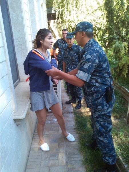 Фото №6 - С трона в колонию: как дочь президента и самая богатая женщина Узбекистана Гульнара Каримова попала за решетку