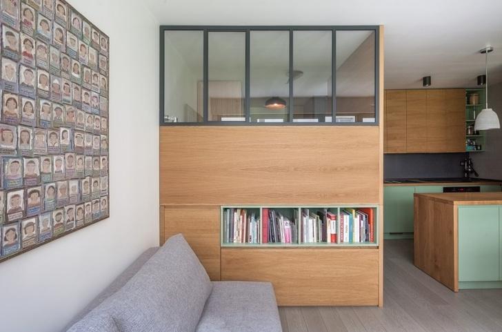 Фото №6 - Маленькая студия 30 м² со встроенной мебелью в Париже