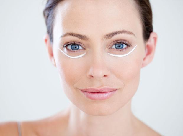 Фото №1 - 7 суперсредств для ухода за кожей вокруг глаз