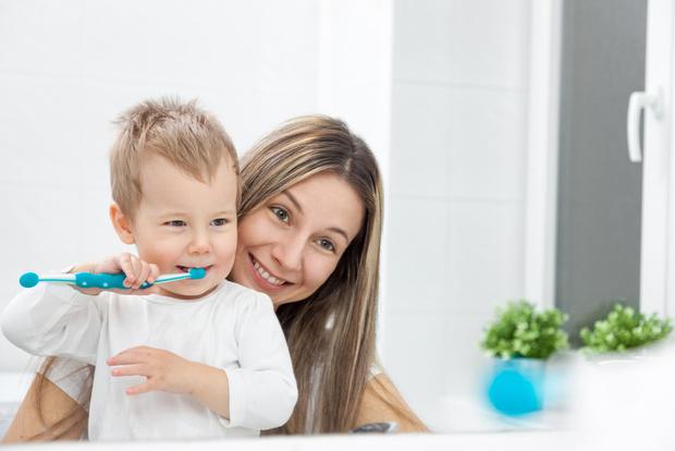 Как быстро уложить ребенка спать, как приучить ребенка умываться и чистить зубы