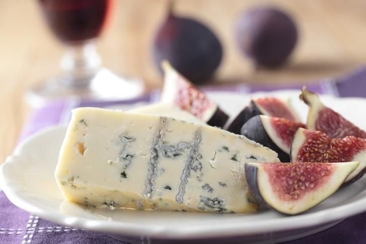 Фото №1 - Сыр с плесенью оказался продуктом эволюции