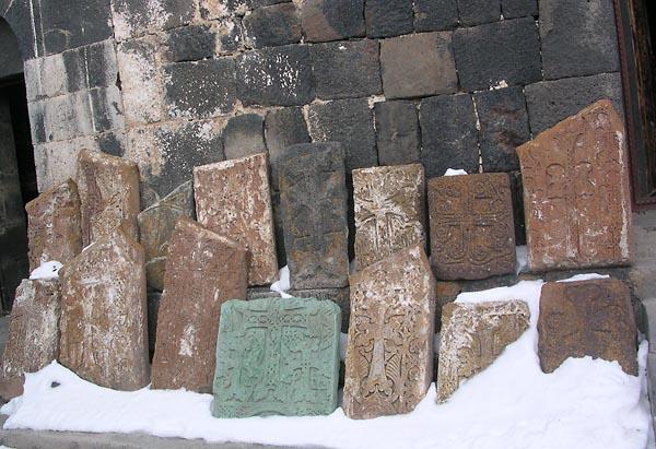 Фото №2 - Древние храмы из камня в Каменной стране