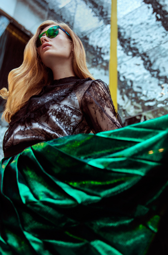 Фото №5 - Певица Луна – в урбанистической съемке для универмага «Цветной»