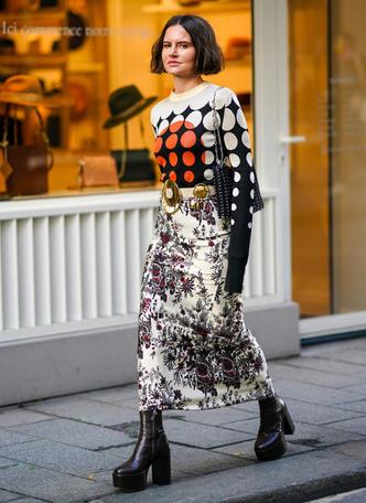 Фото №19 - Чем еще заменить цветочный принт в гардеробе: 6 идей от стилиста