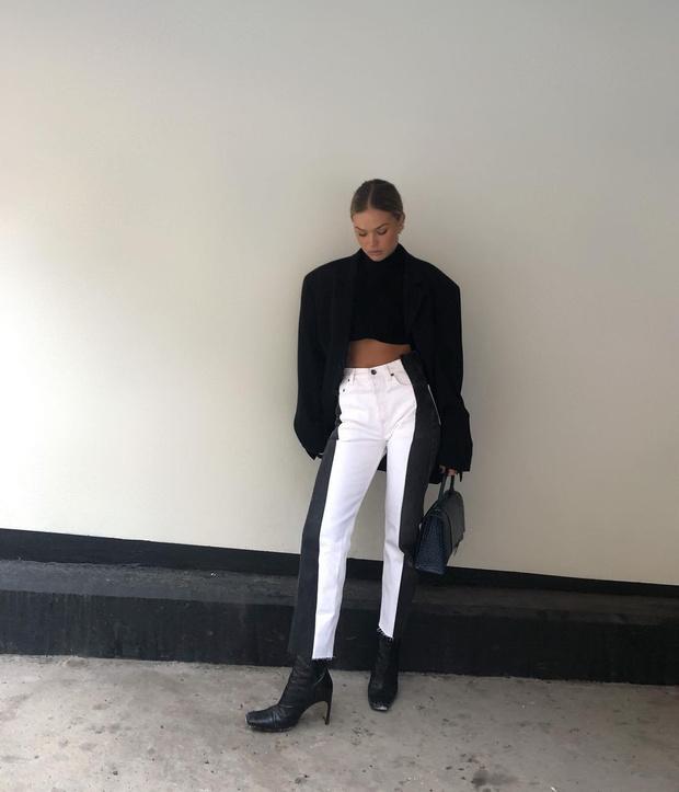 Фото №1 - Инфлюенсер Ханна Шонберг нашла белые джинсы, которые делают фигуру безупречной