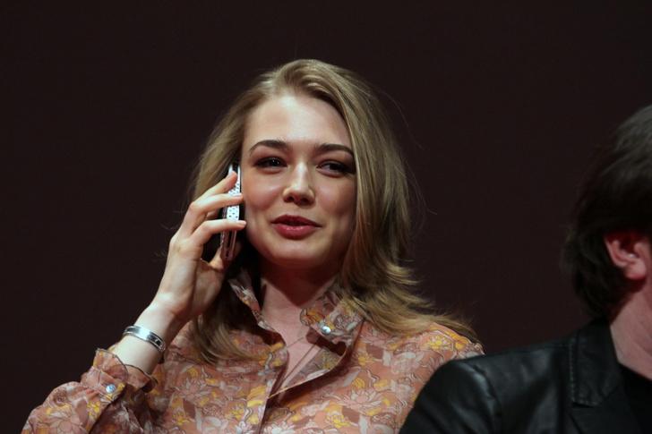 Фото №3 - Козловский показал свою маму— и она копия Оксаны Акиньшиной