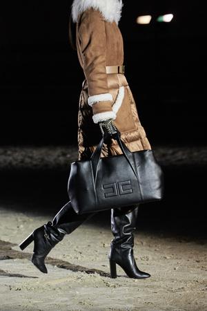 Фото №15 - Самые модные сумки осени и зимы 2021/22