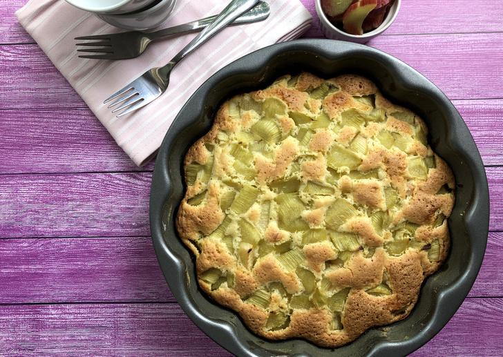 Сладкий пирог из ревеня: рецепт, фото