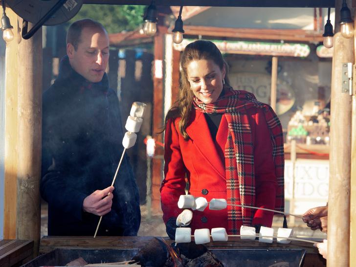 Фото №7 - 10 милых и забавных фото, доказывающих, что Кейт и Уильям— обычная семейная пара