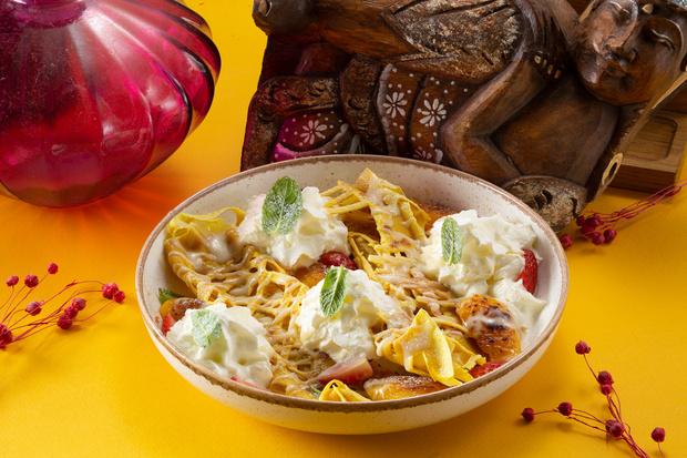 Фото №4 - На пиве, малазийские с манго и пуховые с кремом: 4 необычных рецепта блинов