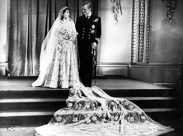 Фото №31 - 16 самых известных, красивых и дорогих свадебных платьев за всю историю