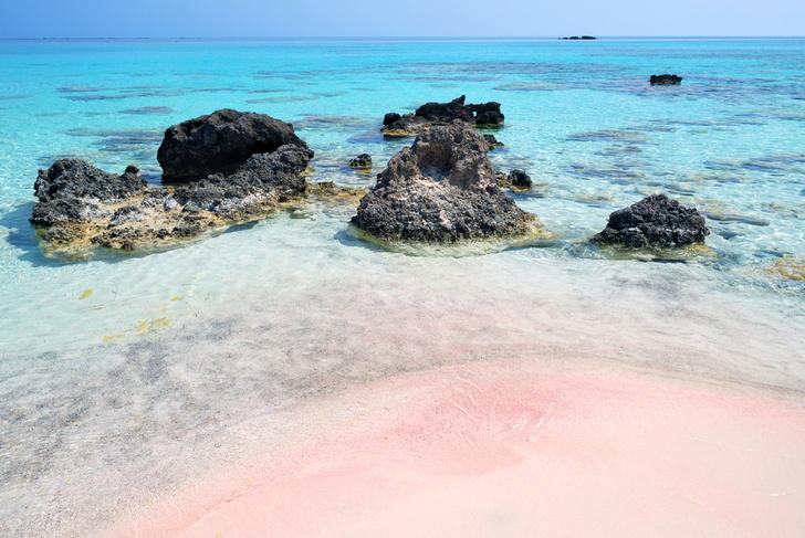 Фото №3 - В самом расцвете: 9 необычных цветных пляжей