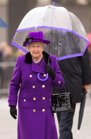 Фото №30 - Виндзорские зонтики: королевский способ спрятаться от дождя