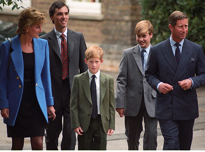 Фото №5 - Два будущих Короля: какими были отношения Чарльза и Уильяма все эти годы