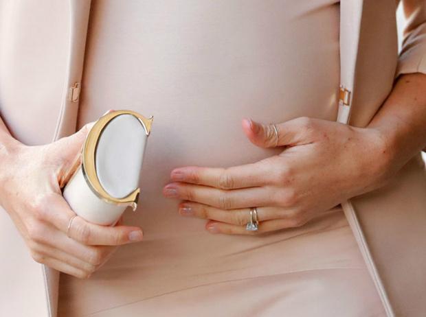 Фото №4 - Как пальцы Меган связаны с датой рождения ее первенца