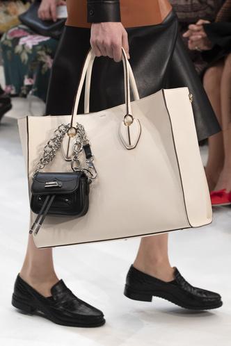 Фото №31 - Самые модные сумки осени и зимы 2019/20