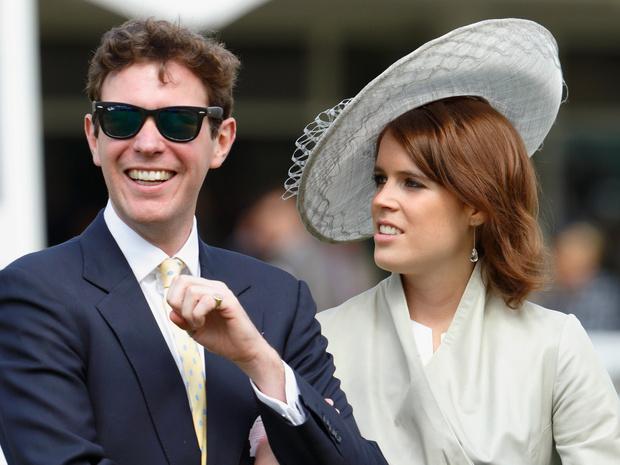Фото №2 - Необычное промедление: почему принцесса Евгения все еще не объявила имя сына