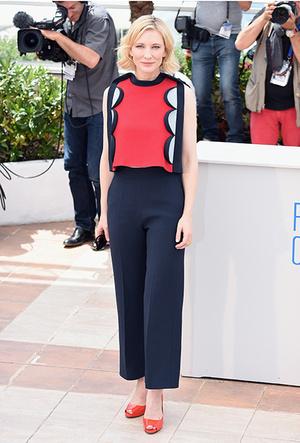 Фото №38 - Королева Канн: Кейт Бланшетт и ее модные образы за всю историю кинофестиваля