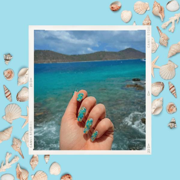 Фото №1 - Маникюр на море: лучшие варианты пляжных ногтей