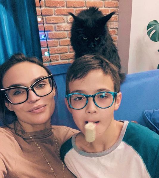 Алена Водонаева дом-2 фото инстаграм инсульт муж возраст в молодости