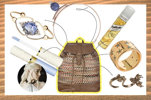 Фото №1 - Что лежит в сумках твоих кумиров?
