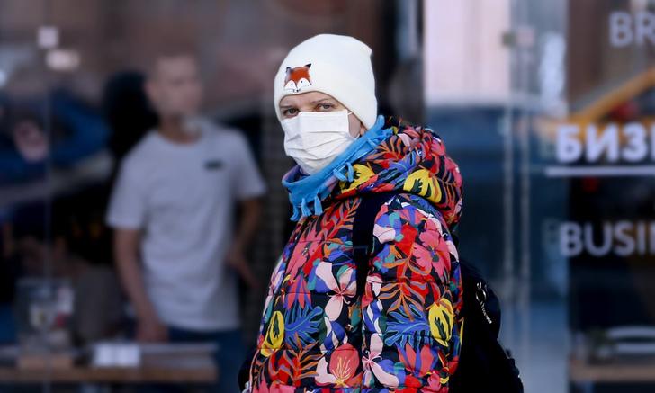 Фото №1 - Вирусолог рассказала, почему среди заболевших коронавирусом в России так много молодых и детей