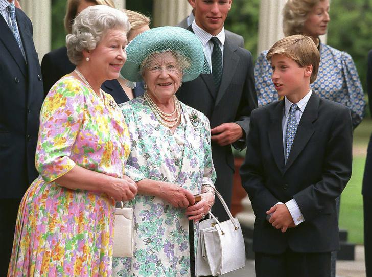 Фото №2 - Мудрость поколений: какой совет королевы-матери принц Уильям запомнил на всю жизнь