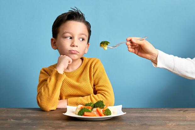 Фото №2 - Три типа проблем с аппетитом у ребенка: как их решать