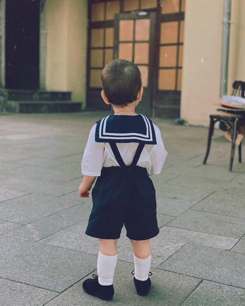 Фото №2 - Морячок: Брухунова показала сына Петросяна в матросском костюмчике