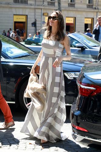 Фото №17 - Почему Анджелина Джоли — снова икона стиля, или Что такое luxe purism